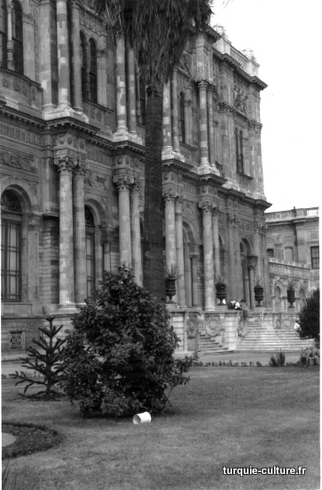 istanbul-dolmabahce5.jpg